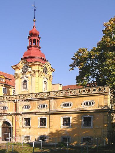 Procházíte obrázky z článku : Liběšice - Barokní zámek