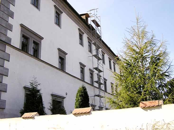 Procházíte obrázky z článku : Lovosice - Renesanční zámek