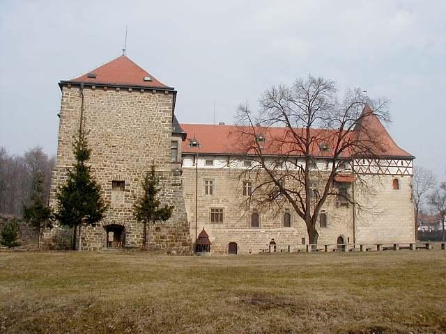 Procházíte obrázky z článku : Budyně nad Ohří - Renesanční zámek